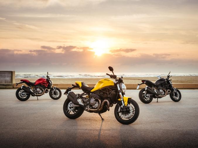 2018-Ducati-Monster-821-5.jpg